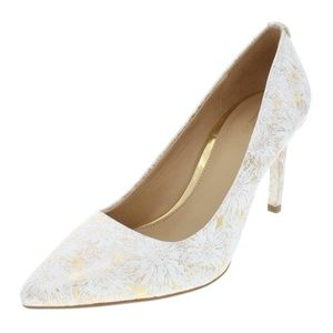 MICHAEL Michael Kors Womens White Pumps Shoes